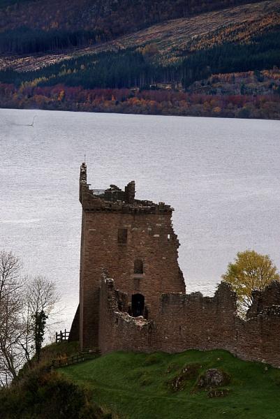 Loch Ness by looboss