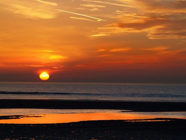 Sunset by kevtrucker