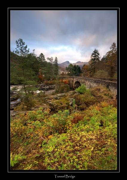 Tummel Bridge by looboss
