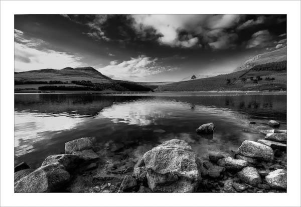 Dovestones Reservoir by jeni