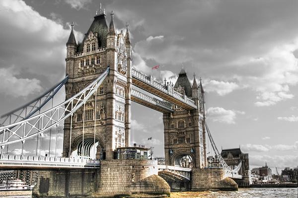 Tower Bridge by StevesPics