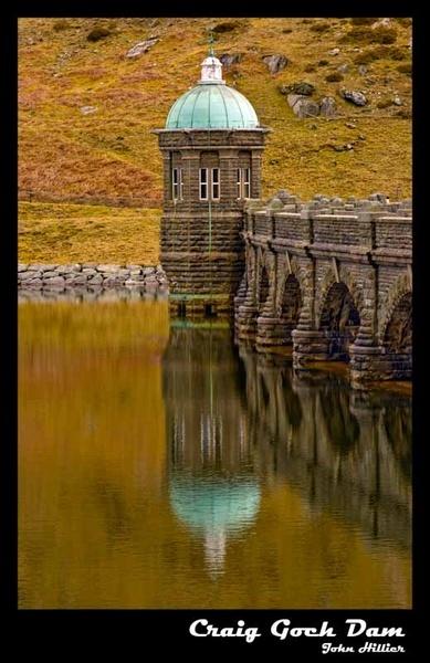 Craig Goch Dam by jonnyhillier68