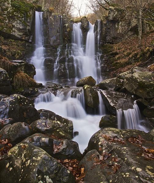 Waterfall in Autumn by pieroamorati