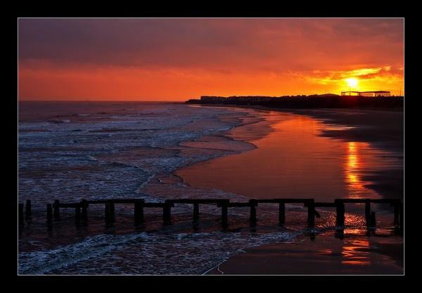 Steetley Sunrise by kenraw