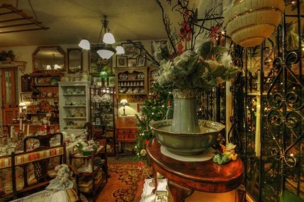 Antique Shop by princezippy