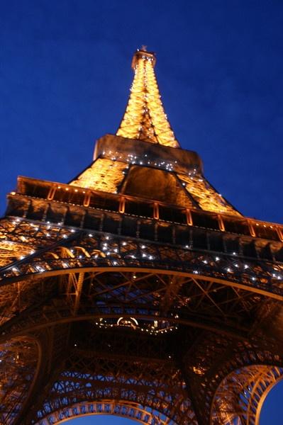 Paris, Effiel Tower by emiyellow