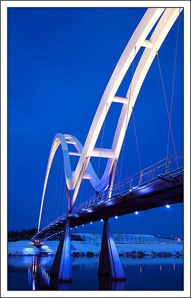 Infinity Bridge by srh