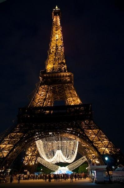 Eiffel Tower of paris by gjayesh