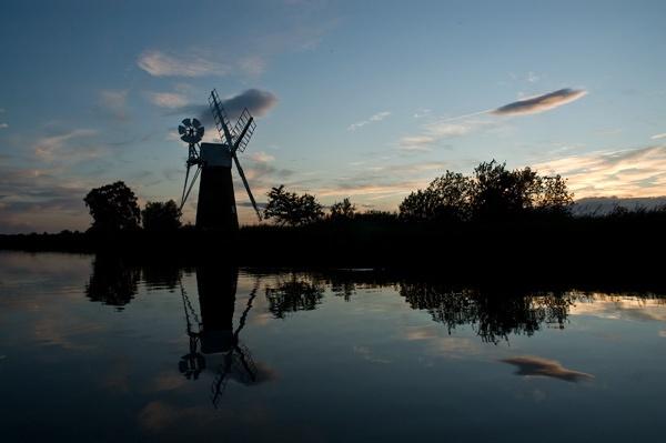 Windmill on How Hill 2 by edjbartos