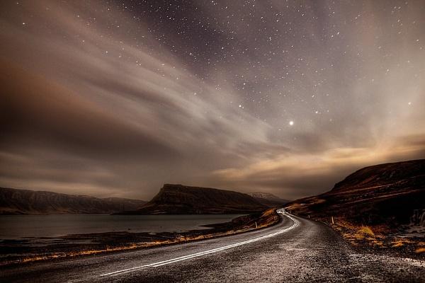 Hvalfjordur by Hugeknot