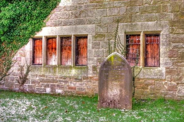 The Grave by princezippy