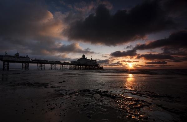 Eastbourne Pier at Sunrise by smartiemart