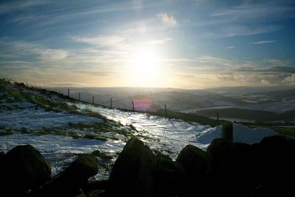 Winter Sun at Bradfield by dynexclick