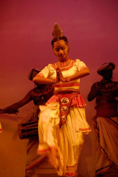 Kandian Dancer by n8trm