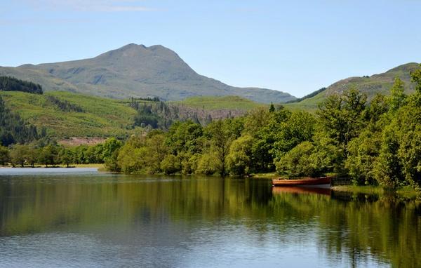 Loch Ard by RonnieAG