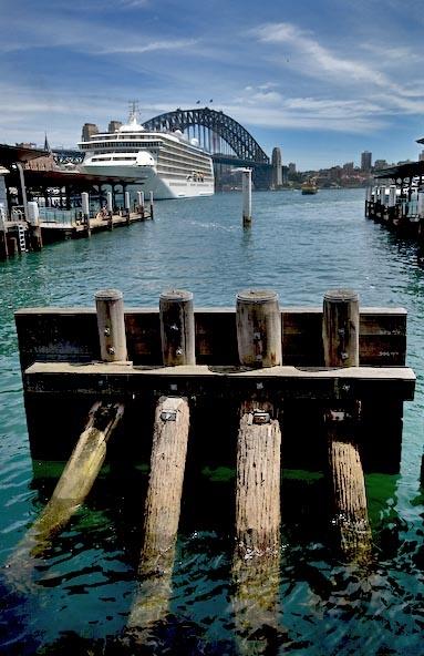 Circular Quay, Sydney OZ by Baronred