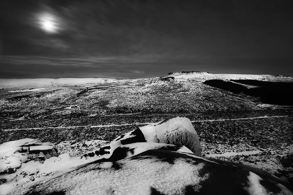 Moonset by cdm36