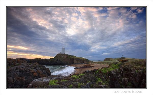 Llanddwyn Island... by Scottishlandscapes