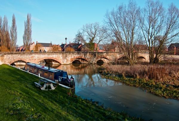 Thrapston Bridge by Ratcatcher