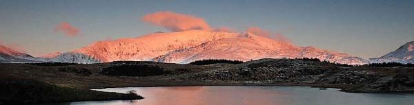 Snowdon sunset glow by xstevex