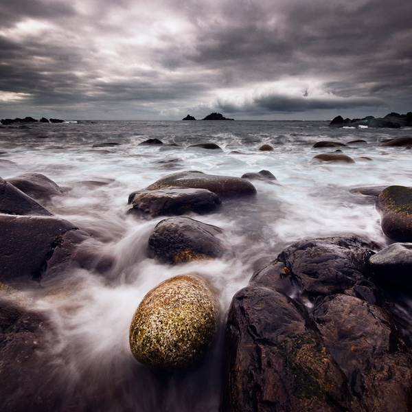 Cot Valley Pebbles by Emu72