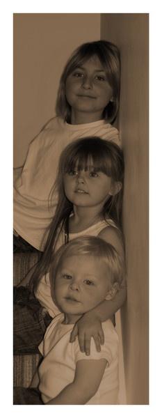 Ike, Rae & Eli by Robe