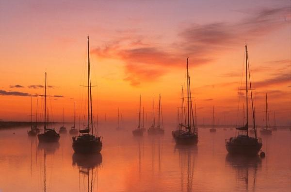 Almost sunrise. by Amanita05
