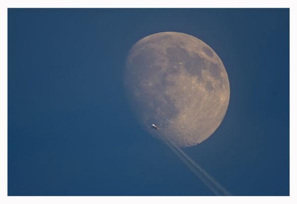Daytime Moon & Plane by GarethH