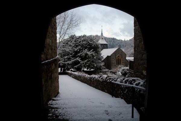 Eglwys (church) by Macnibbler