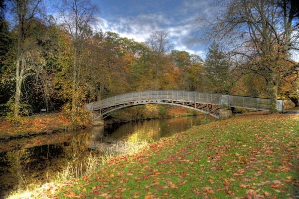 wilton park by luckybry
