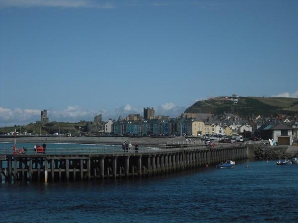 Aberystwyth Pier 2 by lev93