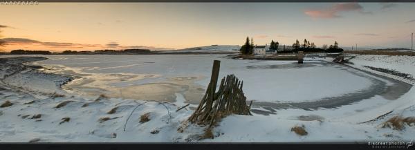 Harperigg Reservoir by discreetphoton