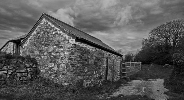 Stoney Barn by Ratcatcher