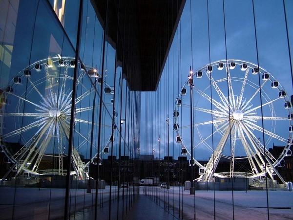 wheel by clara_bow