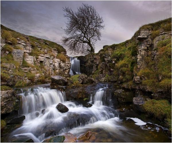 Wharfedale Waterfall by iansnowdon