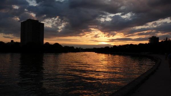 Toronto Sunset by sam2awsome