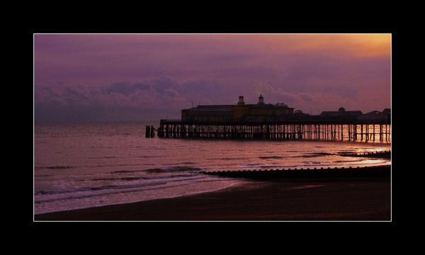 Hastings Sunset by gasah