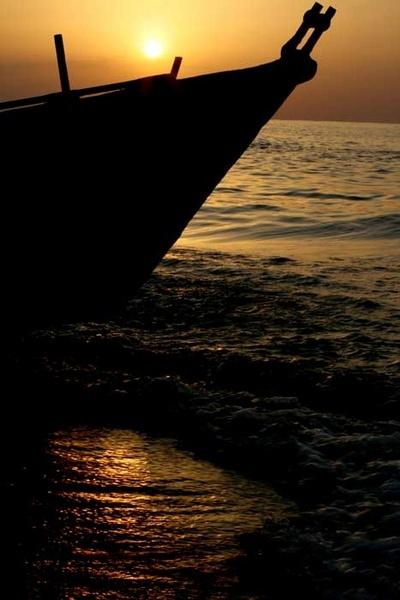 Boat sunset 1 by amirrezaee