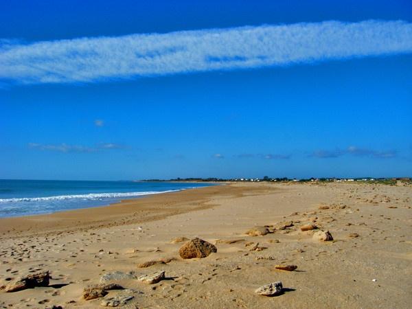 Zahora Beach by meercottage