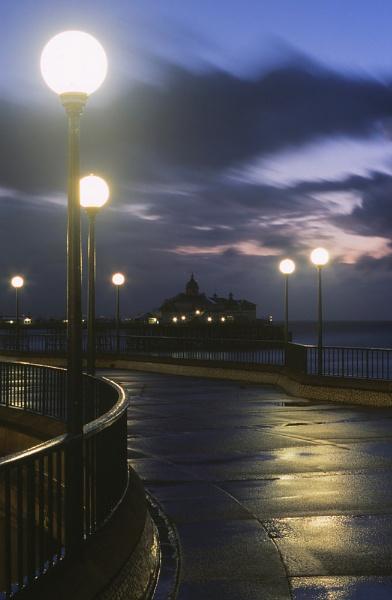 Eastbourne Pier by Amanita05