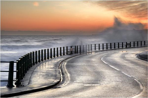 Sandsend Dawn 2 by iansnowdon