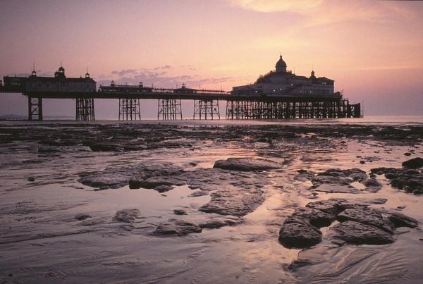 Eastbourne Pier. by Amanita05