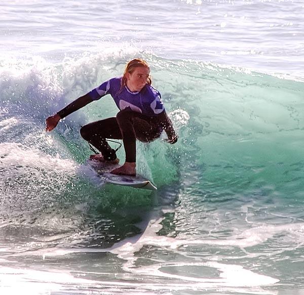 Surfer Girl by jon1169