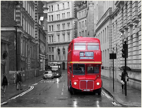 London Bus by mark2uk