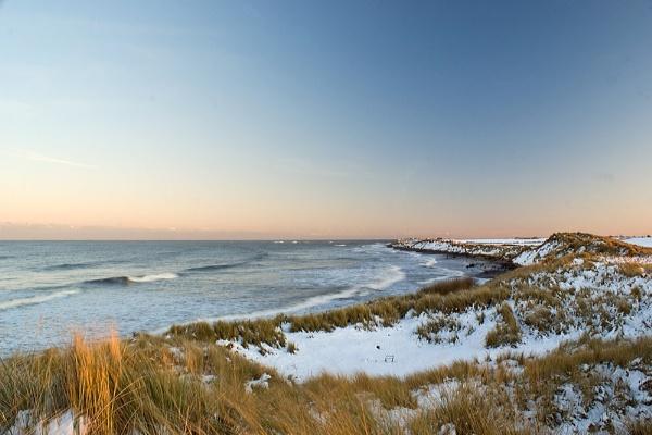 Snow Dunes by JamesH81