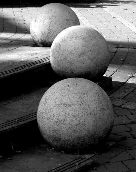 Round and Around by snaphotos