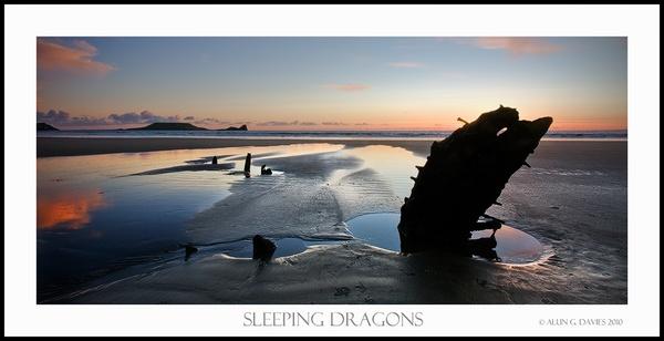 Sleeping Dragons by Tynnwrlluniau