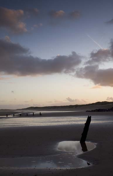 Brancaster at Dawn by narfish