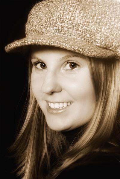 Hannahs favourite hat by janeez