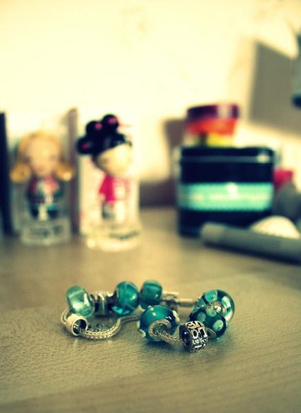 Love bracelet. by lucykate